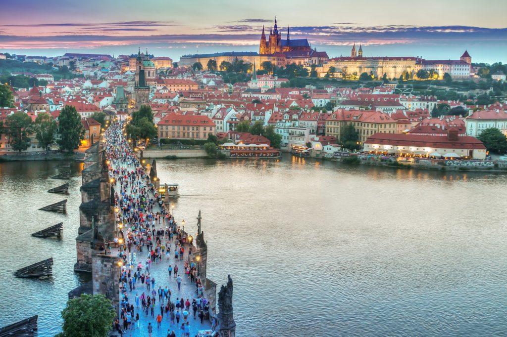 Come arrivare e dove dormire a Praga - Turismo News
