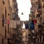Suggerireste ad un amico di visitare i Quartieri Spagnoli?